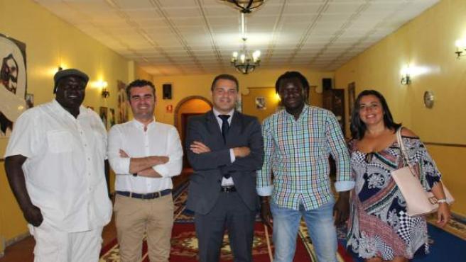 Representantes de Diappo y del Ayuntamiento de Moguer