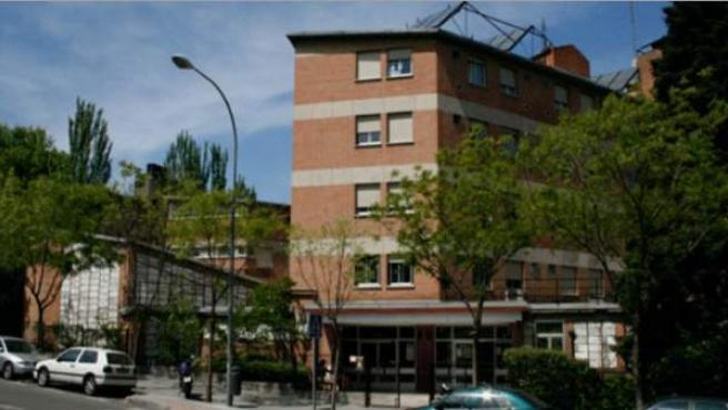Fachada del Colegio Mayor Chaminade, en Madrid.