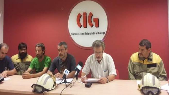 Los representantes sindicales denuncian la situación de los bomberos forestales