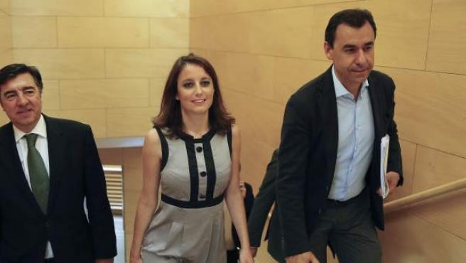 Los integrantes del equipo negociador del PP José Antonio Bermúdez de Castro, Andrea Levy y Fernando Martínez-Maíllo (i-d).
