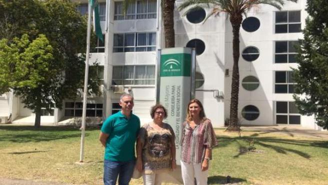NP Y Foto. PP Reclama Reforma Integral Residencia De Mayores De Montequinto