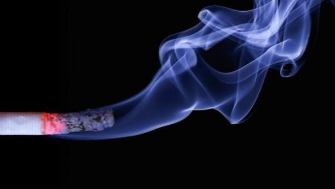 El mono del cigarrillo suele desaparecer en pocos minutos y cambiando de hábitos.