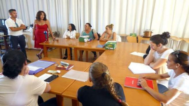 Carlos Guarch y Gema Gutierrez visitan el CEFO de Islantilla