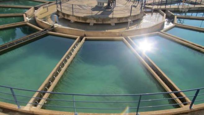 Potabilizadora, depósito de agua, vista aérea