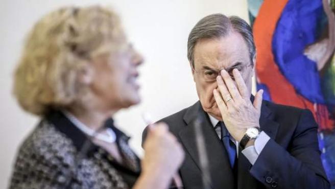 El presidente del Real Madrid, Florentino Pérez, y la alcaldesa de Madrid, Manuela Carmena.