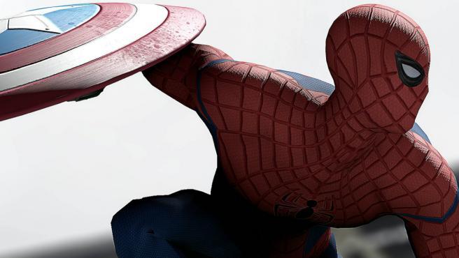 'Spider-Man: Homecoming', Marisa Tomei como tía May y la sombra de Tom Holland
