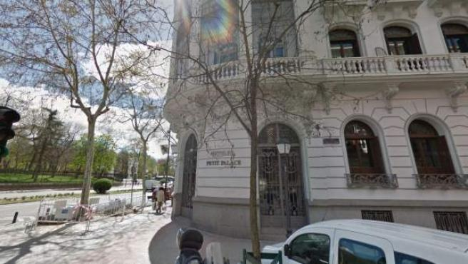 Fachada del hotel Petit Palace del paseo Alfonso XII de Madrid.