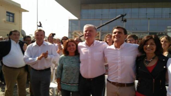 El líder de Ciudadanos, Albert Rivera, apoya a la candidata a la Xunta