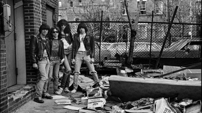 Los Ramones retratados por Chalkie Davies