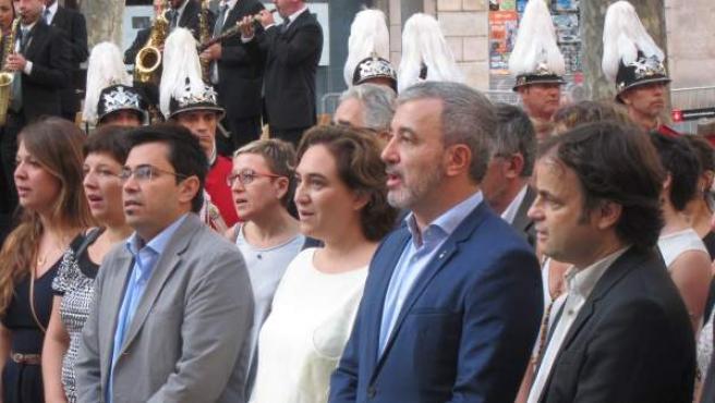 A.Colau junto a J.Collboni durante los actos de la Diada.