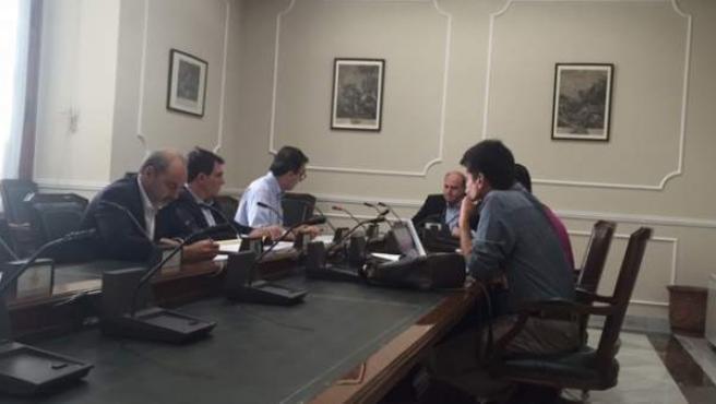 La comisión de investigación del Ayuntamiento de Valencia sobre el caso Imelsa, durante una de sus sesiones.