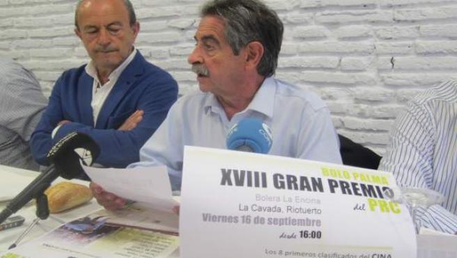 Marcano y Revilla en la presentación del Campeonato de Bolos del PRC