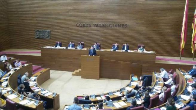 Ximo Puig en el pleno de las Corts en imagen de archivo