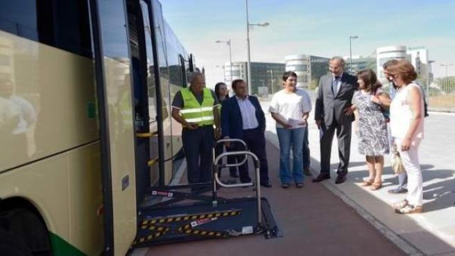 Presentación de los nuevos buses adaptados