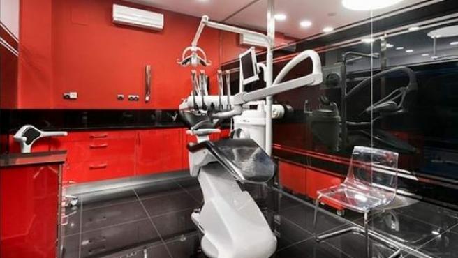 Interior de la clínica Funnydent de Sabadell.