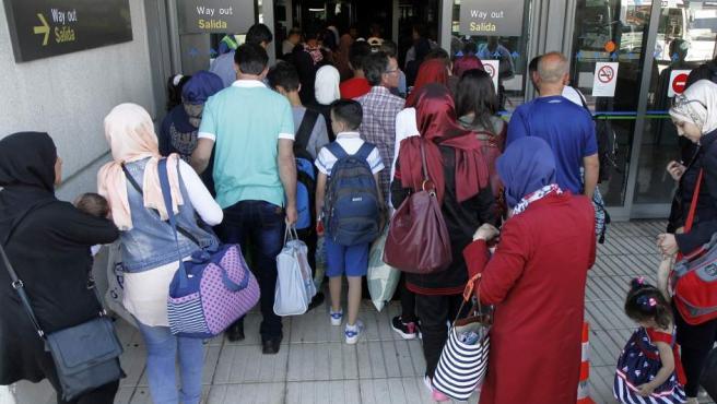 Refugiados sirios a su llegada a Madrid en el mes de julio.