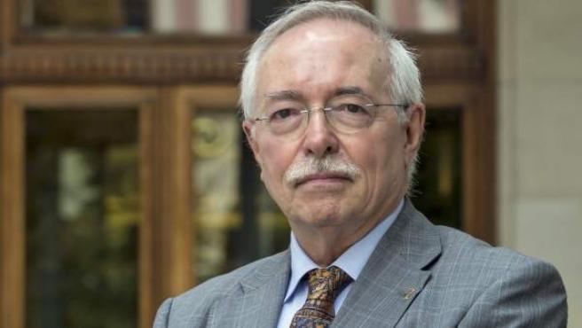 Guillermo Fatás, catedrático de Historia Antigua, periodista y escritor.