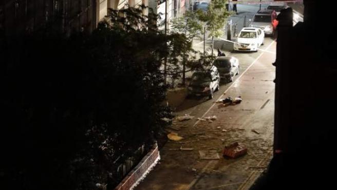 Destrozos provocados por la explosión en el barrio de Chelsea, en Manhattan.