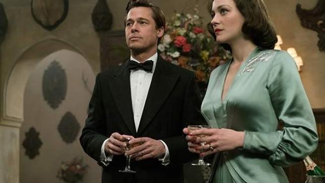 Brad Pitt y Marion Cotillard en Aliados, de Robert Zemeckis