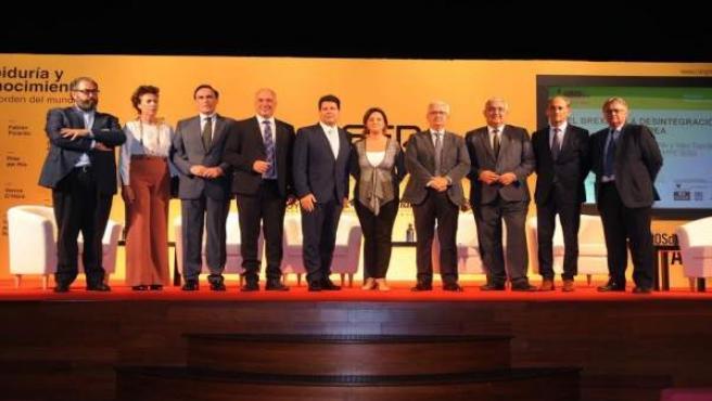 Autoridades durante la inauguración del Congreso 'Sabiduría y Conocimiento'