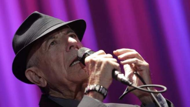 El compositor canadiense Leonard Cohen, en el Palau Sant Jordi de Barcelona.