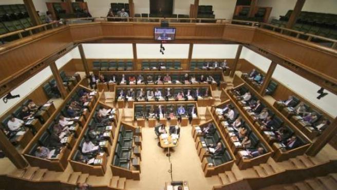 Una imagen del pleno del Parlamento vasco.