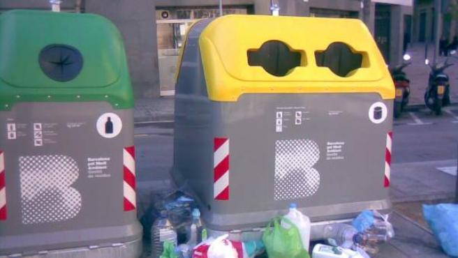 Contenedor de basura en Barcelona.