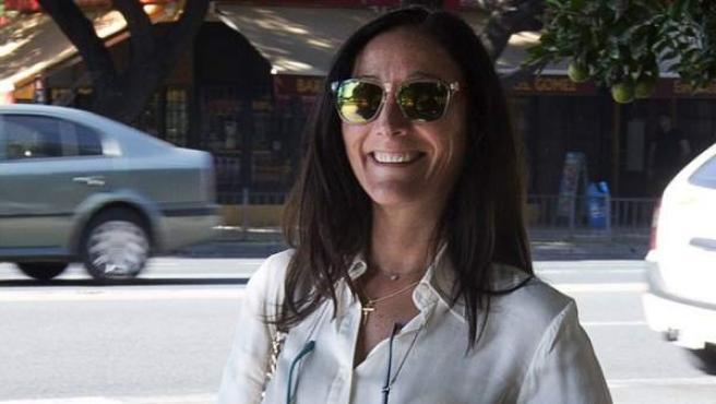 La jueza del 'caso de los ERE', María Núñez Bolaños, a la salida de los juzgados de Sevilla.