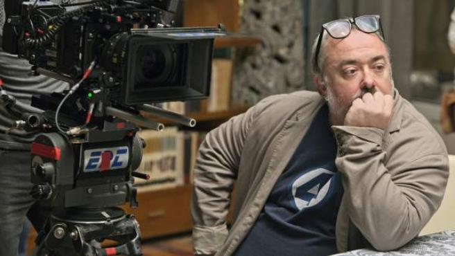 El director Álex de la Iglesia, durante el rodaje de 'Perfectos desconocidos'.