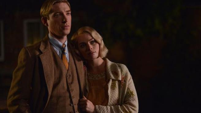 Domhnall Gleeson y Margot Robbie crean a Winnie the Pooh
