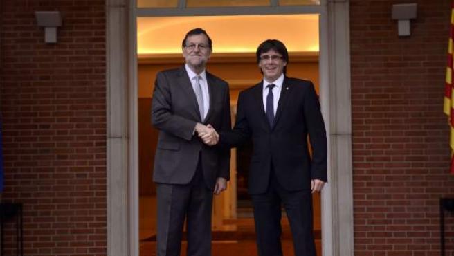Mariano Rajoy y Carles Puigdemont, en una reunión pasada.