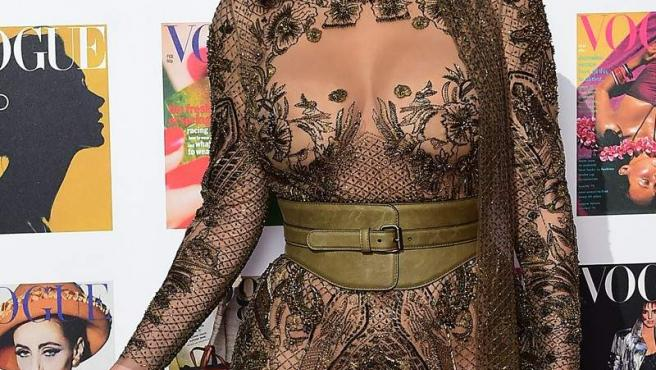 Kim Kardashian en la gala The Vogue 100 en Londres.