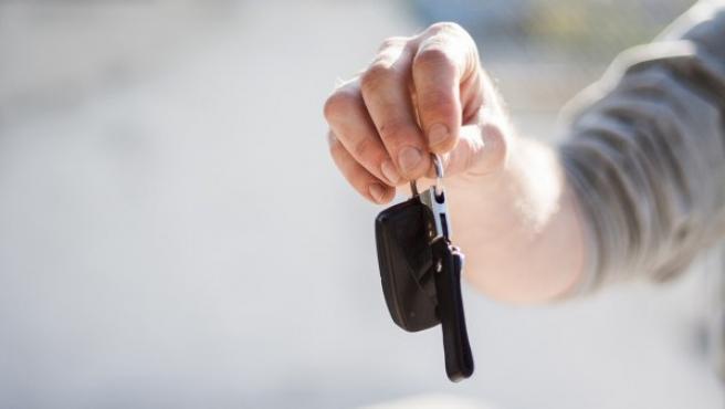 Un documento bastante útil si estás pensando en comprarte un coche de segunda mano, de km 0 o como en este caso, en una subasta.