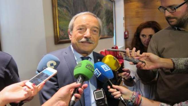 Wenceslao López.