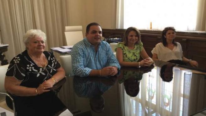 Cobo con el colectivo 'Mariana Pineda'