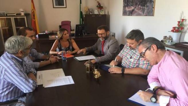 Valdivielso en la reunión con responsables de Linares, La Carolina y Bailén.