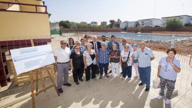 Arrancan al fin las obras de la piscina del Tiro de Línea.