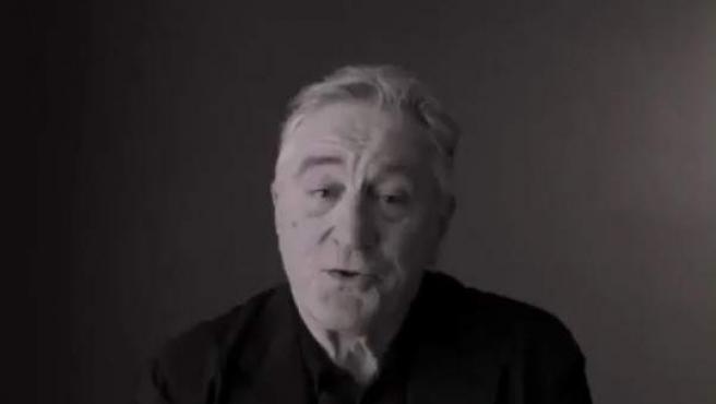 Imagen del vídeo dirigido por el director de Spotlight en el que De Niro carga de nuevo contra Trump.