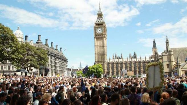 Miles de personas en una manifestación en Londres contra el 'brexit'.