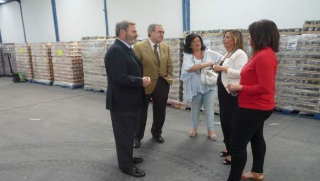 Visita al almacén de alimentos de Cruz Roja Jaén