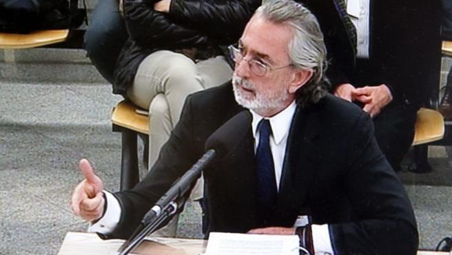 Francisco Correa, presunto cabecilla de la Gürtel, declara ante el juez.