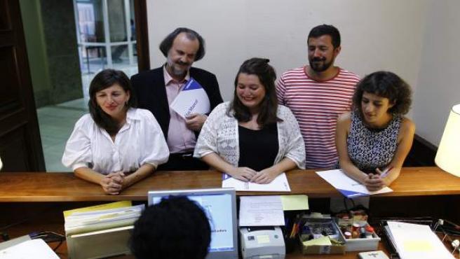 Alexandra Fernández y otros diputados de En Marea