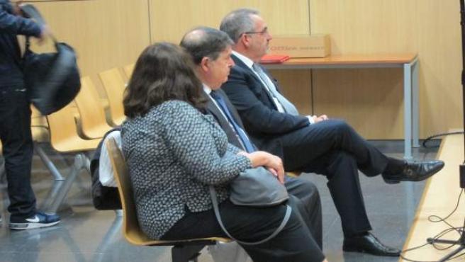Olivas (centro), con su mujer y Cotino