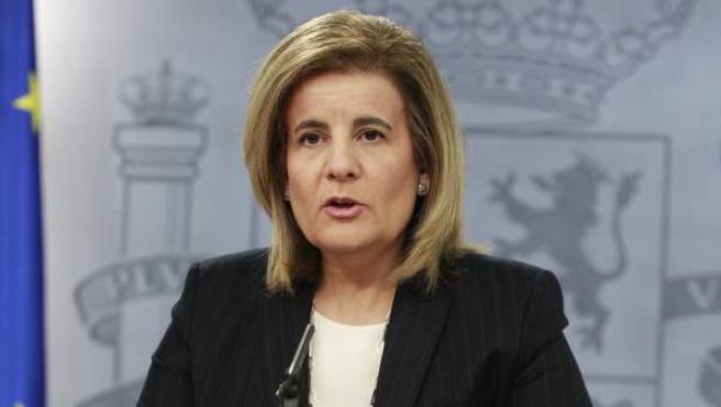 La ministra de Empleo y Seguridad Social Fátima Báñez, en rueda de prensa.
