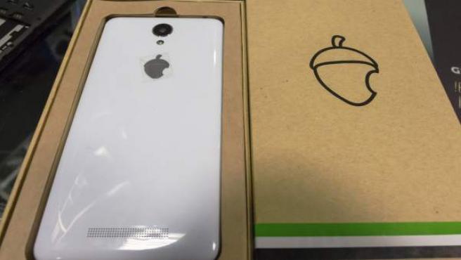 Zetta, el móvil conocido como 'el iPhone extremeño'.