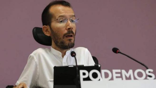 El secretario de Organización de Podemos, Pablo Echenique, en un acto en el partido.