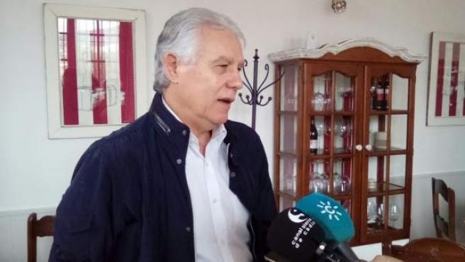 El senador del PSOE Francisco Menacho