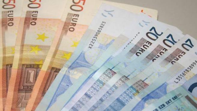 Billetes de euro, dinero, PIB