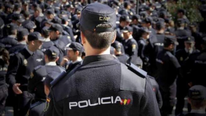 Varios agentes de la Policía Nacional.