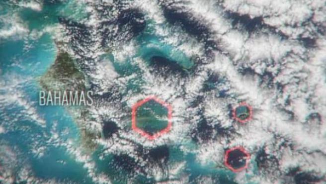 Nubes hexagonales sobre el Triángulo de las Bermudas.